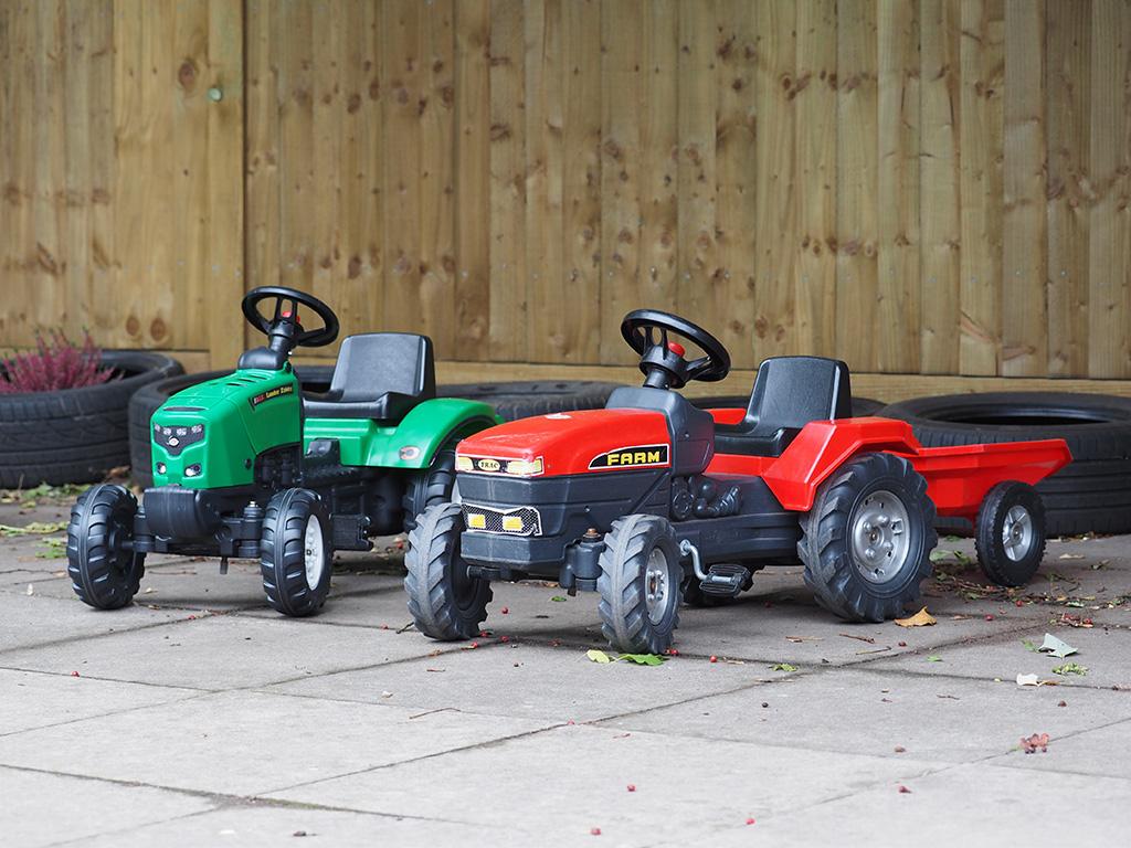 tractors-01